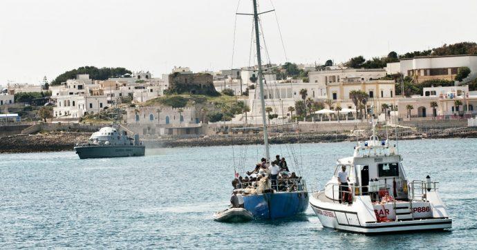 """Migranti, in 69 sbarcano a Santa Maria di Leuca. Assessore: """"Il nostro è un porto aperto"""""""