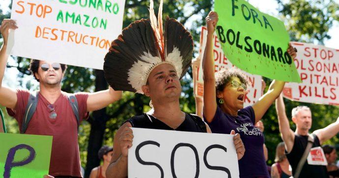 Amazzonia, dovremmo essere molto preoccupati. Ma non per le ragioni che ci raccontano