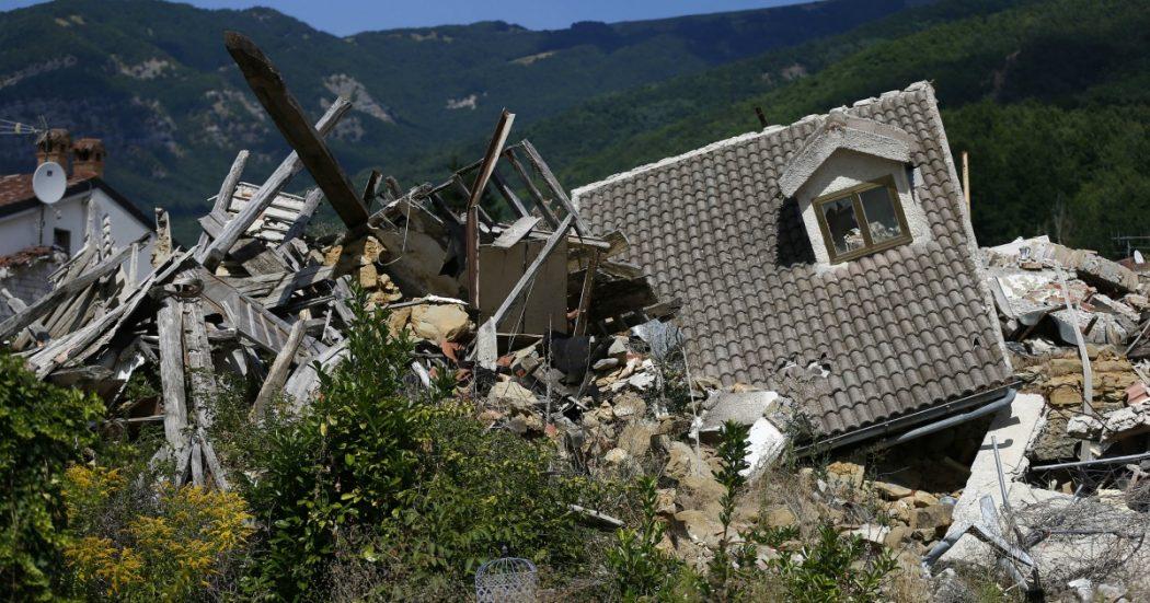 """Terremoto Centro Italia, ricostruito solo il 4% degli edifici distrutti: """"Normalità nel 2041"""". Il dossier: """"Contributi insufficienti e insicurezza"""""""