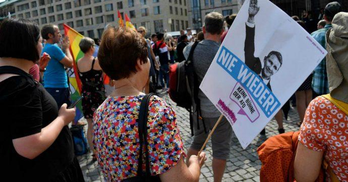 """Germania, in 35mila a Dresda contro l'estrema destra Afd e il razzismo: """"Solidarietà invece di rifiuto"""""""