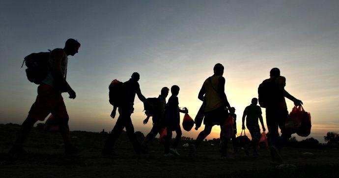 Migranti, il mio viaggio lungo la rotta balcanica. 'Non siamo qui per divertimento, siamo rifugiati'