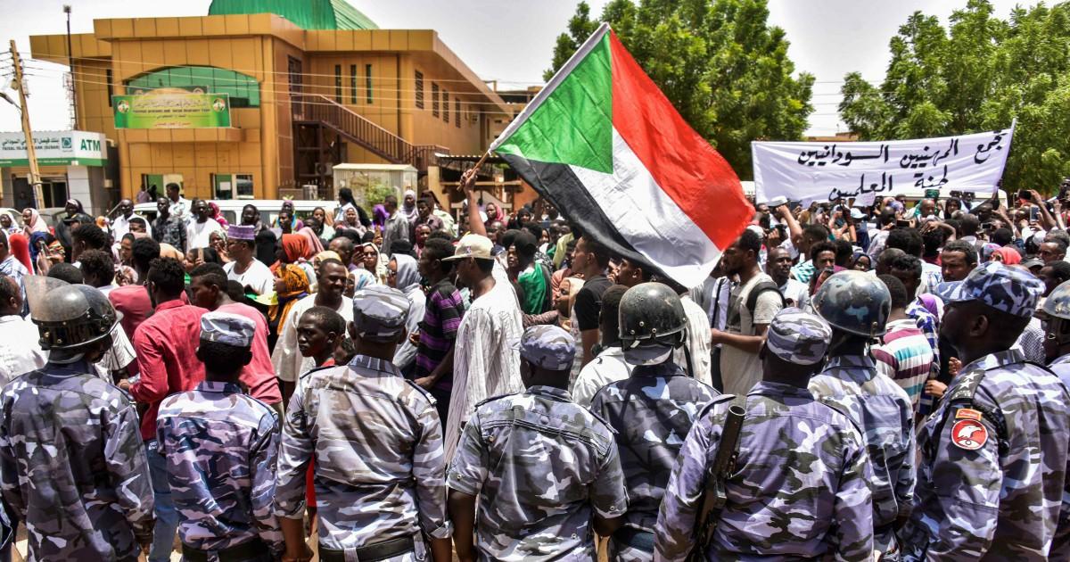 Il Sudan tenta di diventare democratico. Ma per le violenze di questi anni nessuno pagherà