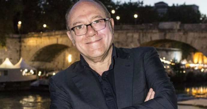 """Carlo Verdone: """"Abbiamo le pall* piene del politicamente corretto. Hanno criticato il mio film perché si vede il fondoschiena di mia figlia con gli slip"""""""