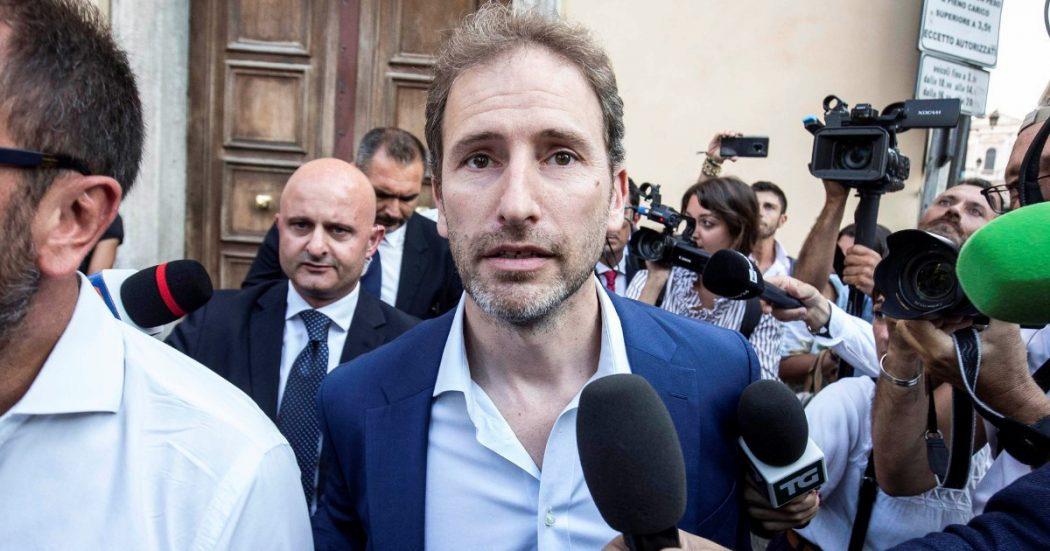 """Dai clandestini a Renzi: quando gli attivisti vanno """"contro"""" i vertici"""