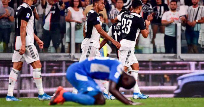 Juventus-Napoli 4-3, l'autorete di Koulibaly indirizza il big match a due facce: tra prove di forza dei bianconeri e reazione azzurra