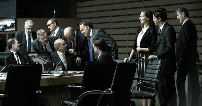 Mostra del Cinema di Venezia, l'eroe Varoufakis e il traditore Tsipras in Adults in the room di Costa/Gavras