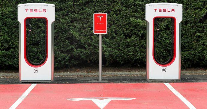 Tesla, le colonnine Supercharger da 150 kW saranno disponibili anche in Europa