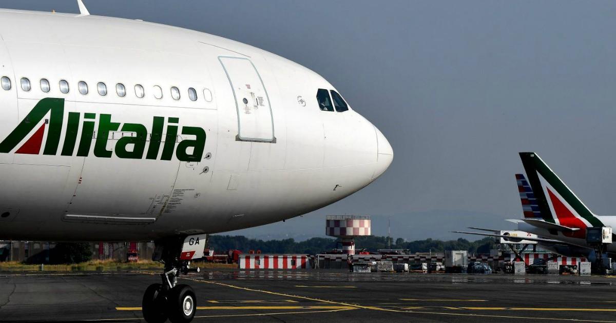 Alitalia, la tassa sui voli garantisce una disoccupazione di lusso. E blocca gli aiuti per l'ambiente