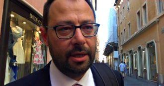 """Governo, Patuanelli prende il posto di Di Maio al Mise: """"Continuità col suo lavoro"""". E su Alitalia: """"Vorrei essere l'ultimo a occuparmene"""""""