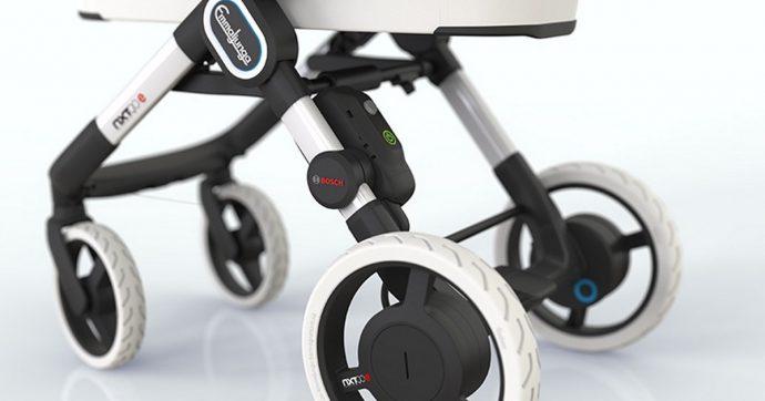 Passeggino intelligente motorizzato si controlla con l'app e ha anche l'antifurto