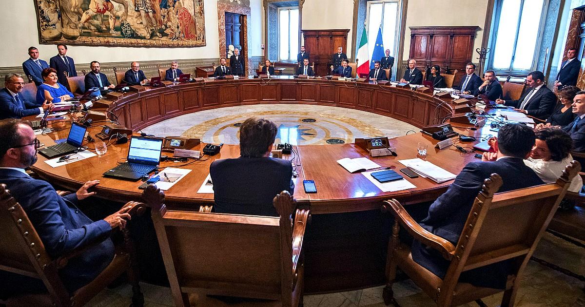 Il governo introduce per decreto la doppia preferenza nella legge elettorale della Regione Puglia thumbnail