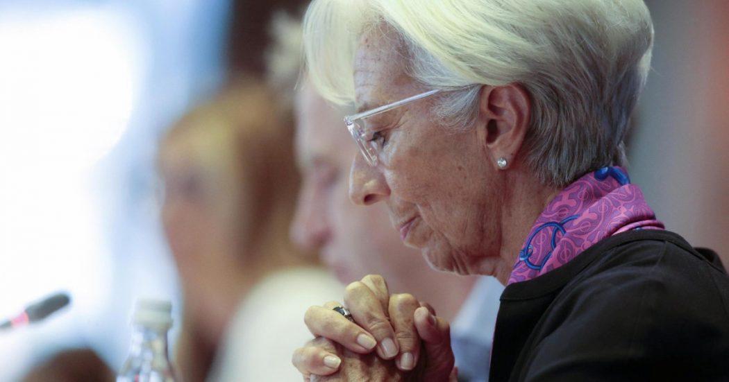Gaffe e segnali pericolosi. L'esordio flop di Lagarde