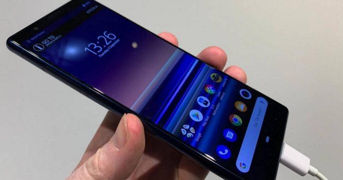 Sony porta a IFA 2019 lo smartphone top di gamma Xperia 5 e nuove cuffie ad archetto