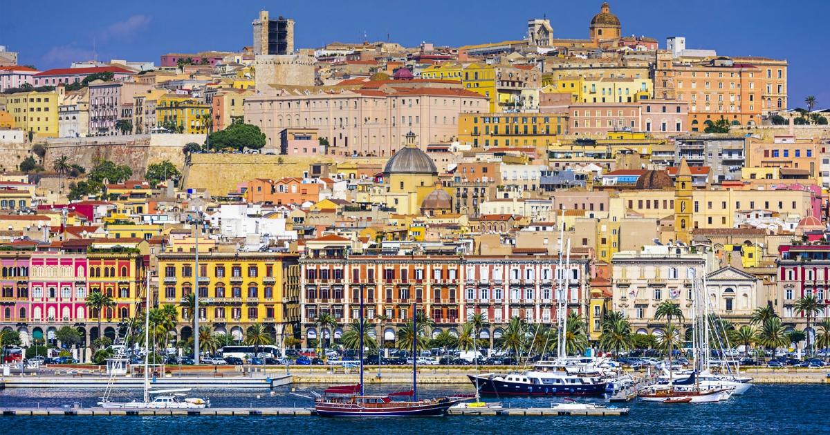 Cagliari non è una cartolina, ma la sua gente (e i suoi drammi)