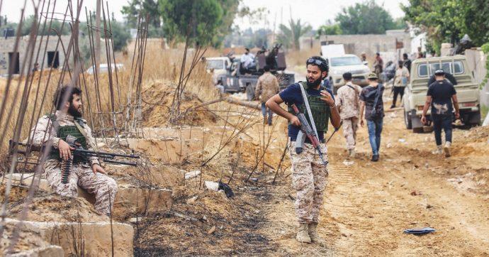 """Libia, Haftar avanza: Tripoli chiede truppe alla Turchia. Erdogan: """"A gennaio deciderà il parlamento"""""""