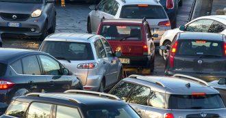 Clima, allarme smog e auto ferme nelle città del Nord. Torino vieta la circolazione anche ai diesel euro 5