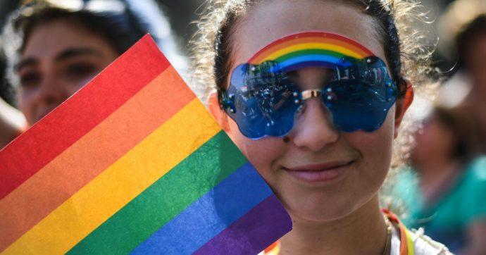 Omofobia, quando il potere incontra il fanatismo religioso le prime vittime sono le persone Lgbt