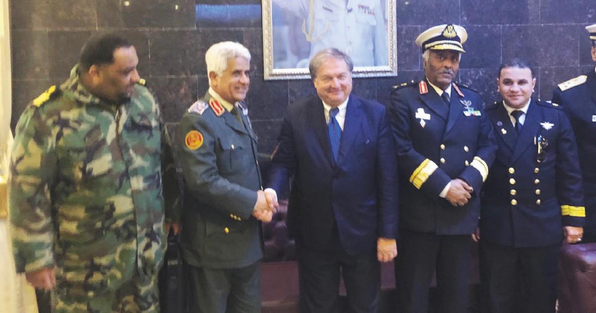 Pescherecci tassati: così l'Italia finanzia il generale Haftar