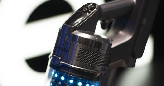 Samsung sfida Dyson con l'aspirapolvere senza filo PowerStick Jet, che ha due batterie in dotazione
