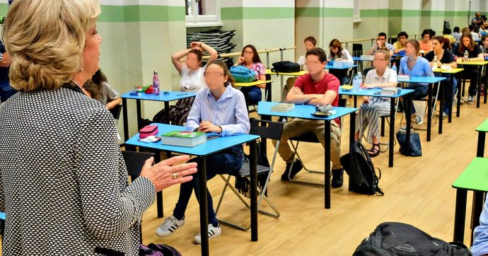 Studenti, rapporto Ocse: solo il 5% dei 15enni ha una comprensione 'totale' di ciò che legge. Male anche in Scienze, meglio in Matematica