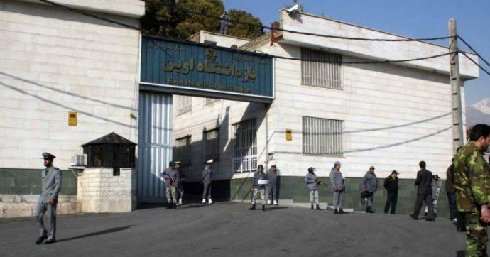 Iran, arrestati un australiano e due cittadine britanniche: in carcere anche una blogger