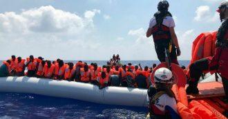 """Migranti, """"verso accordo Ue con Francia e Germania: sbarco nei porti di Italia e Malta, ricollocamento entro un mese"""""""