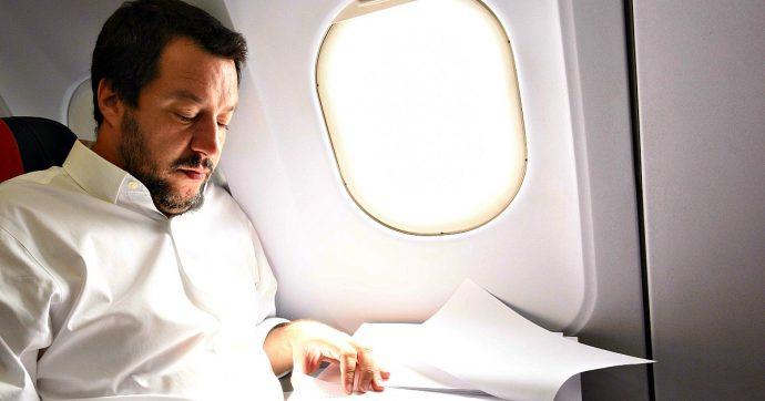 """Matteo Salvini, la Corte dei conti archivia il procedimento sui voli di Stato: """"Illegittimi ma non c'è danno erariale"""". Carte ai pm di Roma"""