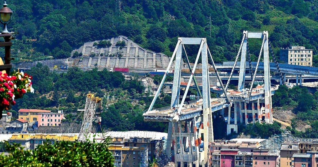 """Ponte Morandi, la Consulta: """"È legittimo estromettere Autostrade da ricostruzione. Eccezionale gravità determinò la scelta del governo"""". Conte: """"Sentenza ci conforta"""""""
