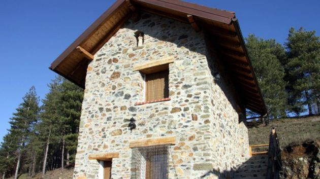 Savona, in Liguria pastori assediati da lupi e da negligenze