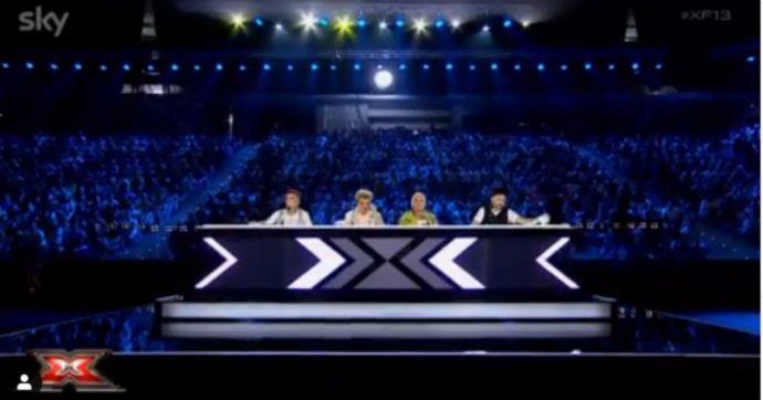"""X Factor 13, Kimono è la nuova Francesca Michielin. Malika Ayane sorpresa della serata, Sfera Ebbasta """"cocco"""" della produzione"""