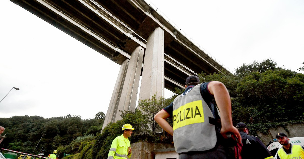 "I falsi report di Autostrade: ""Lì mettiamoci una pezza"""