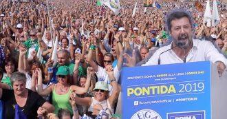 """Pontida, il video racconto della giornata tra cuori immacolati, rabbia e colpi di teatro. Salvini officia il rito collettivo: """"Prendetevi per mano"""""""
