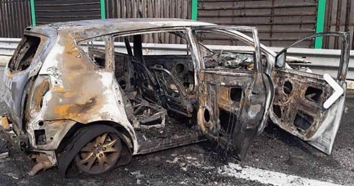 Padre e figlia morti in incidente, auto d'epoca in fiamme dopo tamponamento