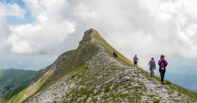 Marche, a piedi sull'Alta via e nelle Terre mutate dal sisma: cammini di resilienza e bellezza