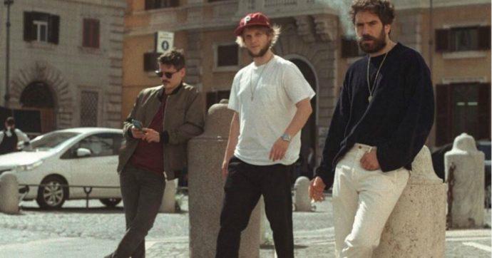 """Thegiornalisti, la band si scioglie. Tommaso Paradiso: """"Inutile raccontarvi i motivi di questa decisione"""". Lo sfogo di Marco """"Rissa"""" Musella: """"Ci hanno tolto le password di Instagram"""""""