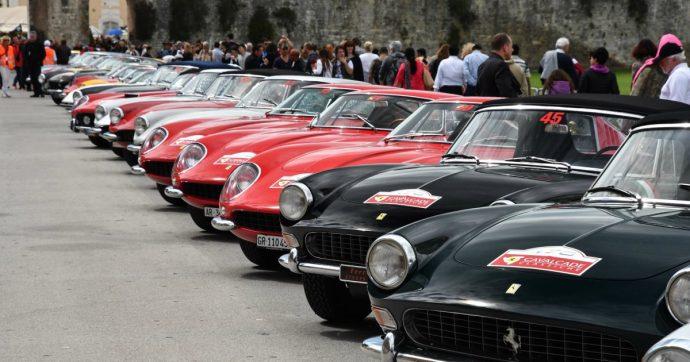 Ferrari, le vecchie signore della Cavalcade Classiche arrivano a Roma – FOTO