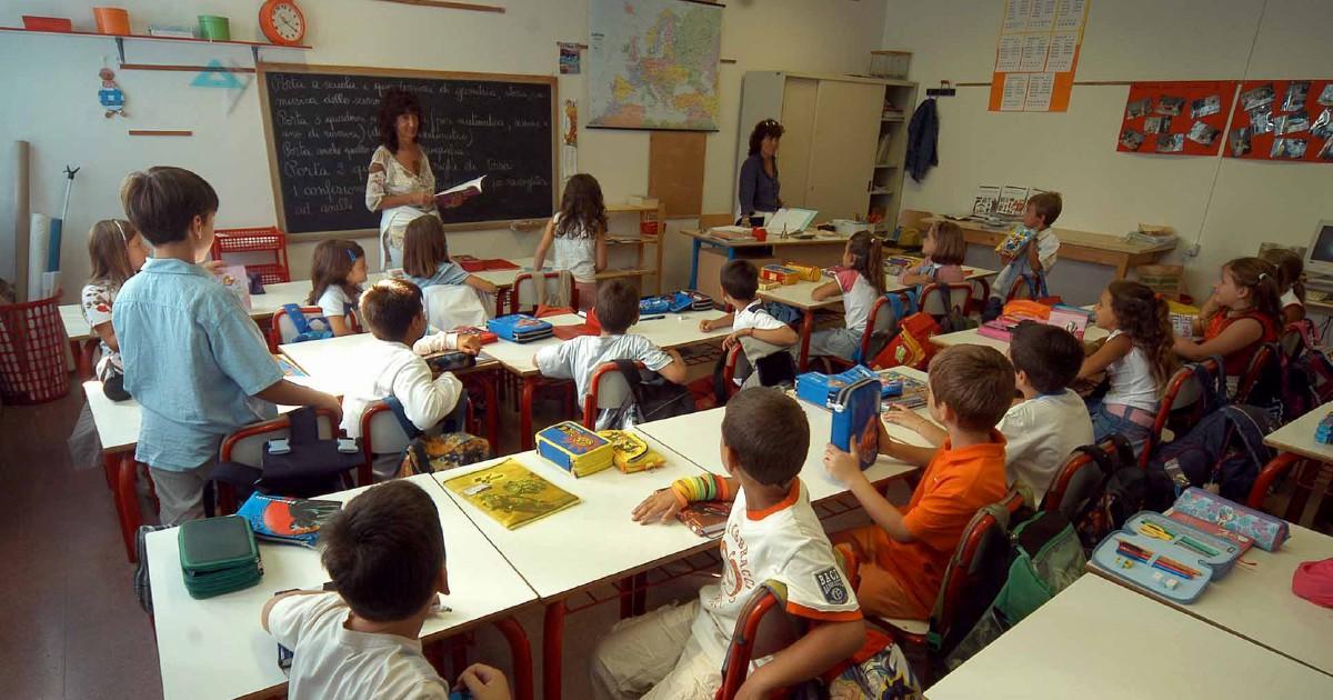 Bimbi adottati, discriminazioni e ingiustizie nelle classi