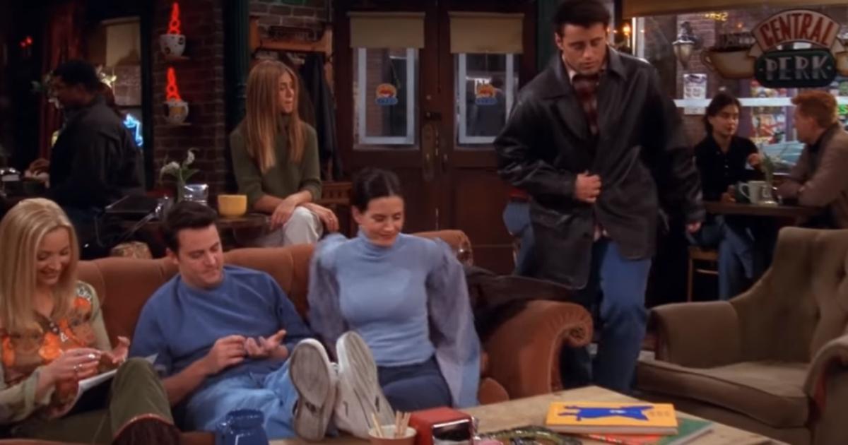 Friends, compie 25 anni la madre di tutte le sitcom. Ecco i segreti del suo successo
