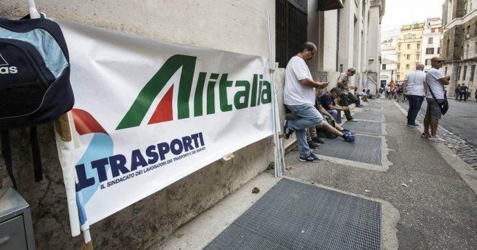 Alitalia, prestito ponte agli sgoccioli. Solo tenerla in vita costerà tra 200 e 350 milioni