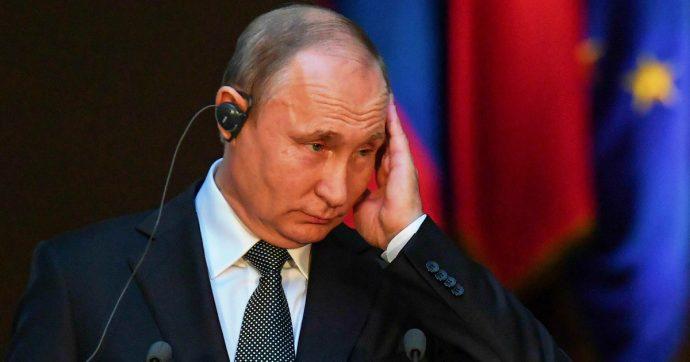 """Russia, chi diffonde notizie da media nella lista nera sarà considerato """"agente straniero"""""""