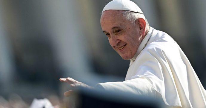 Il prete e la gioia, basta messe noiose: quando don Pronzato se la prendeva con uomini di Chiesa e vescovi