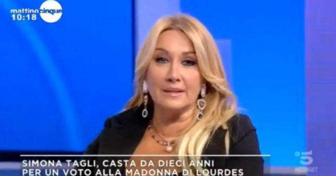 """Simona Tagli rivela: """"Ho fatto un voto di castità alla Madonna di Lourdes, sono 10 anni che non faccio sesso"""""""
