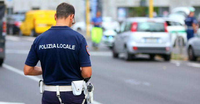 Milano, 280 capi d'accusa per un 52enne: peculato, usurpazione di funzioni pubbliche, truffa. Le indagini dalle denunce dei cittadini