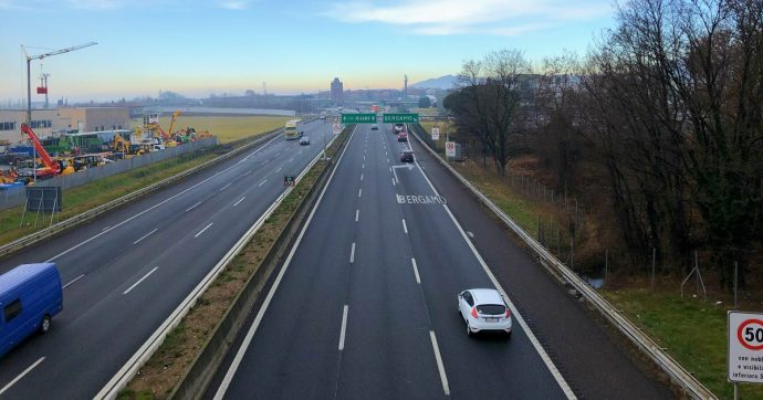 Pedaggi, Autostrade proroga nuovamente lo stop all'aumento delle tariffe