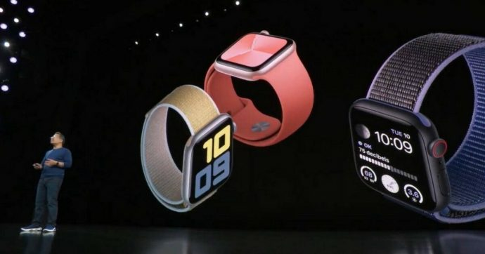 Apple Watch Serie 5 all'interno è diverso dal Watch 4, per ripararlo ci vogliono componenti appositi