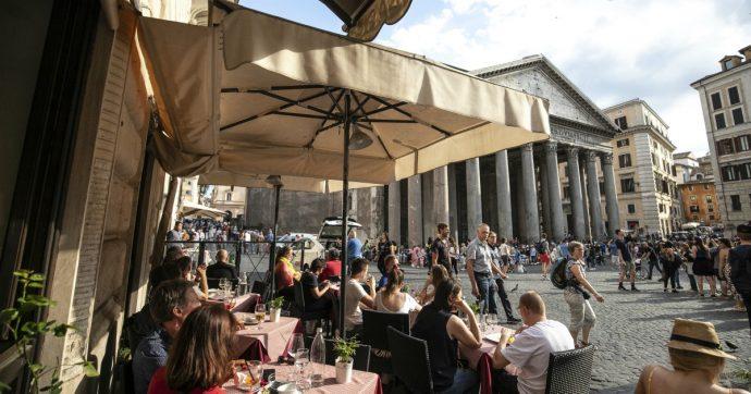 """Roma, Agenzia per controllo e qualità: """"In calo tutti i 18 servizi pubblici, si salva solo l'acqua"""". I più scontenti? I cittadini del centro"""