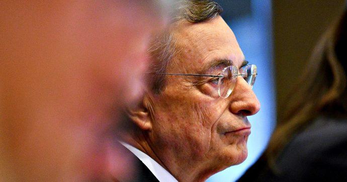 """Draghi: """"Serve più spesa pubblica per far fronte al rallentamento globale dell'economia"""""""