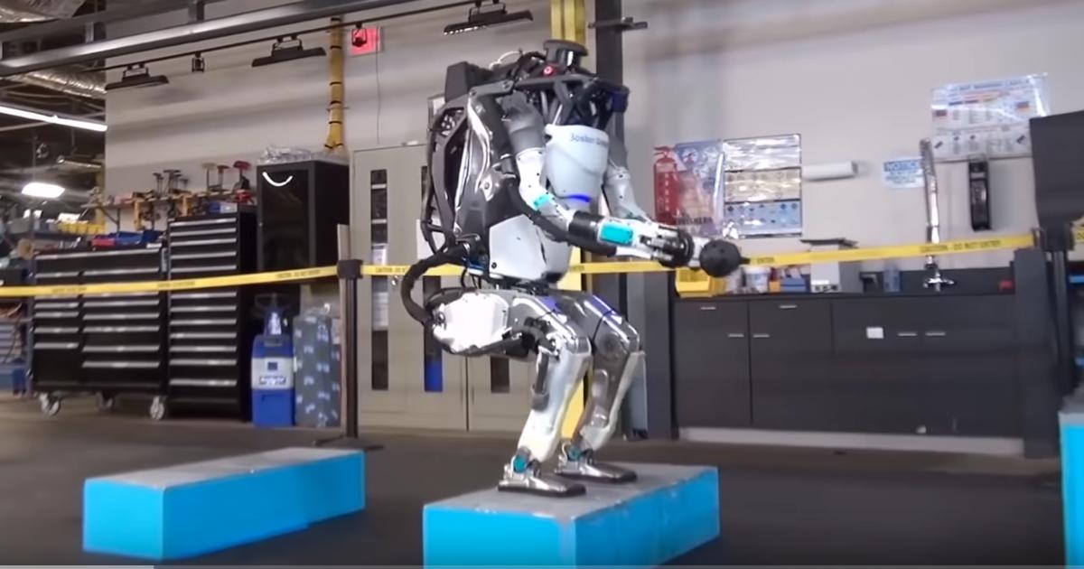 Uno spot per Spot, il primo cane robot. Che non convince