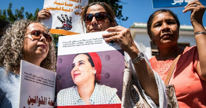 """Marocco, giornalista condannata a un anno di carcere per """"aborto illegale"""" e """"relazione fuori dal matrimonio"""". Amnesty: """"Processo politico"""""""