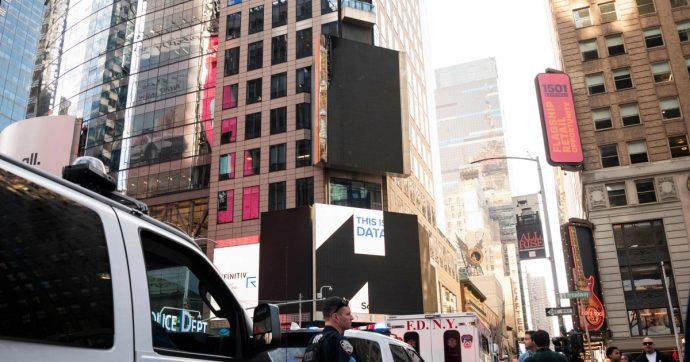 """New York, l'espressione """"straniero illegale"""" diventa fuorilegge: multe fino a 250mila dollari per chi la usa per umiliare le persone"""